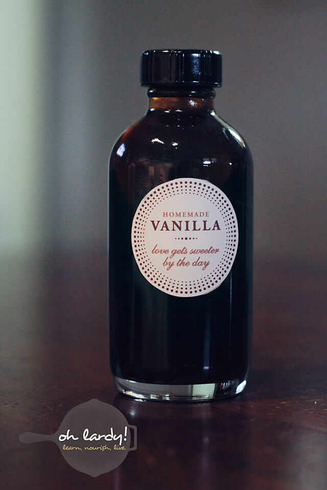 Homemade Vanilla Extract - Oh Lardy