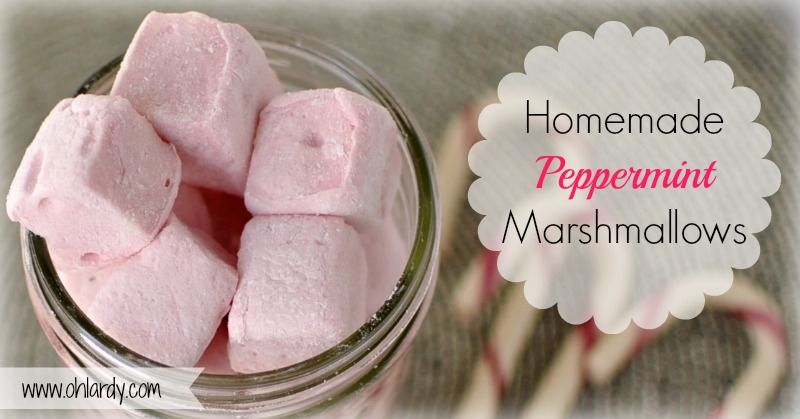 Homemade Peppermint Marshmallows - www.ohlardy.com