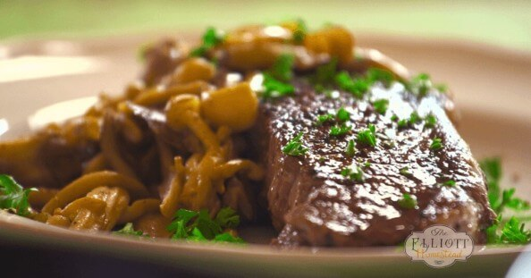 Cast Iron Steak and Mushroom Recipe - www.ohlardy.com